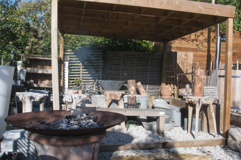 Chiner une jardini re vintage horticulture et jardins for Prix amenagement jardin